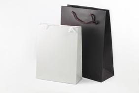 Dāvanu maisiņi 28x38